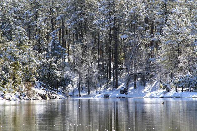 goldwater lake snow. Black Bedroom Furniture Sets. Home Design Ideas